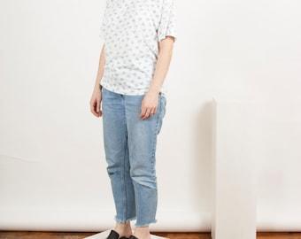 Floral Pastel Tee / Boxy Summer Shirt / Vintage Oversized Jumper