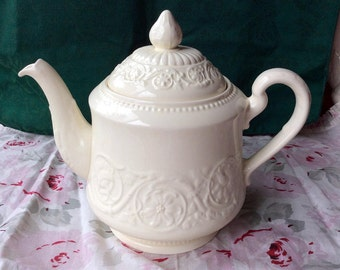 Wedgwood Patrician Teapot - Made in England