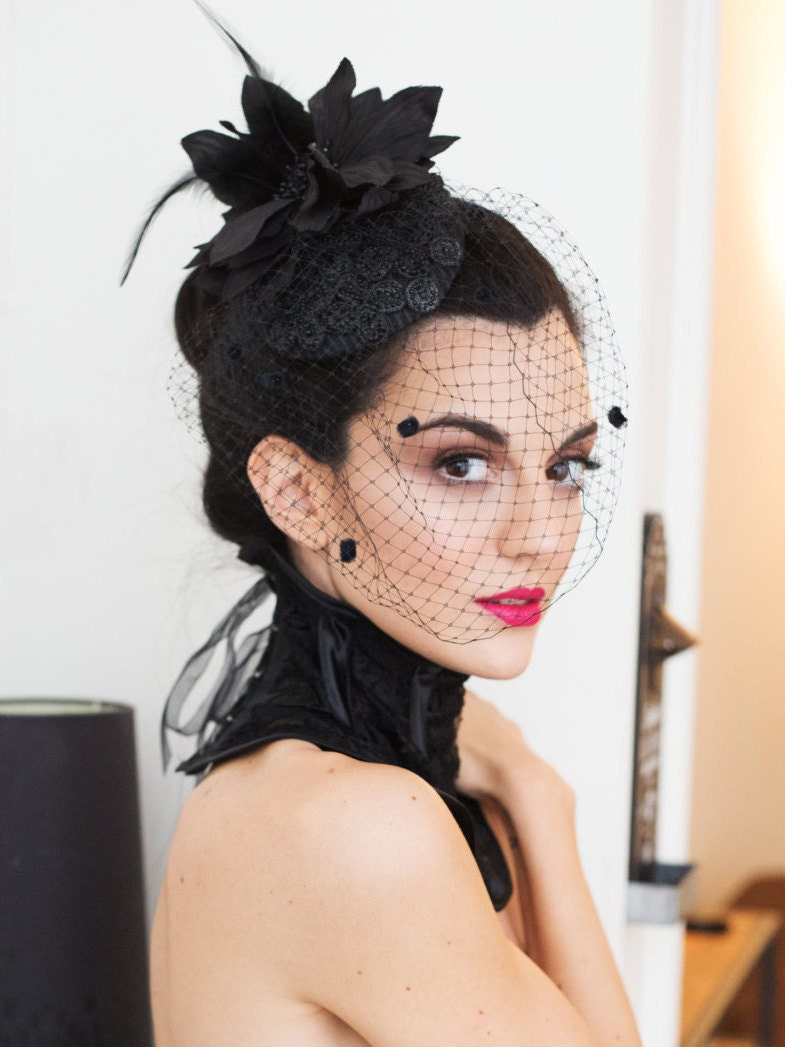 Black Lace Corset Collar