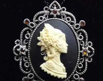 Sugar skull cameo, Gothic pendant, Day of the Dead, Dia de los Muertos , gothic necklace, cameo necklace, Baroque, Roco, Gothic Victorian