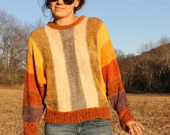 Sweater Actually think this belonged to a hippie Size Small