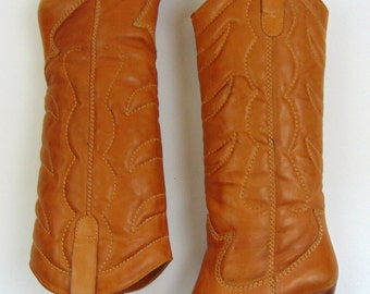Vintage Boots   1980s   Chaps Caramel Leather Western Boots   8.5 M