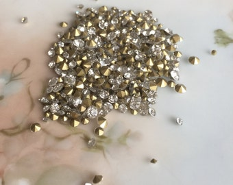 2 mm 3 mm 4 mm loose rhinestones foil backed navette clear gold toned round faceted mixed sizes jewelry replacement stones, lot of 50 pcs