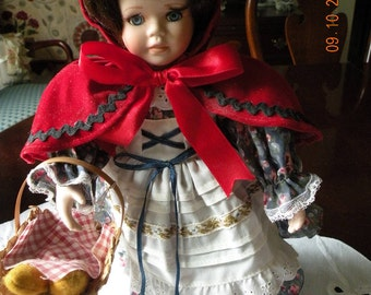 Geppeddo Little Red Riding Hood Doll