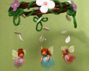 Mini spring fairies mobile - felted, waldorf inspired, by Naturechild