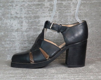 Vtg 90s Leather Cage Chunky Heel Fisherman Sandals Shoes 8 1/2