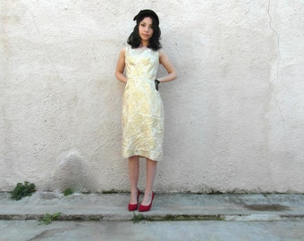 Original 60's gold brocade dress, 60's wiggle dress, Size M, vintage clothing, retro clothes, French vintage, Elaine Terry, California.