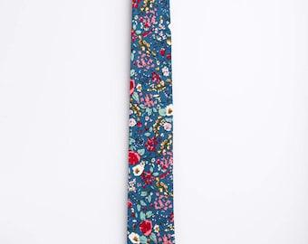 Floral Wedding Tie, Boho Tie, Floral Tie, Blue Floral, Spring Floral Tie, Spring Tie, Spring Wedding Tie, Magnolia Floral Tie