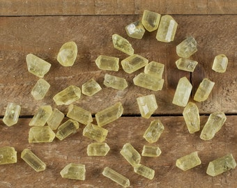 10g Small YELLOW APATITE Crystals - Apatite Rough, Apatite Ring, Apatite Earrings, Apatite Beads, Raw Apatite Jewelry, Healing Crystal E0070
