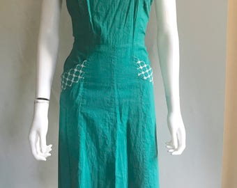 Rare Vintage 40s 50s Day Dress Dress with Matching Bolero // Green with Embroidered Detail // Size Small Medium // Pin Up Rockabilly VLV