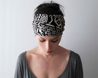 BLACK and WHITE GEOMETRIC Print Headband - Extra Wide Jersey Hair Wrap - Yoga Headband - Geometric Head Scarf - Womens Hair Accessories
