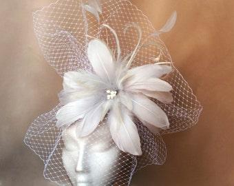 Flower veil fascinator, grey flower fascinator, veil wedding hat, grey Ascot fascinator,Flower hats,Fascinator with veil, white feather veil