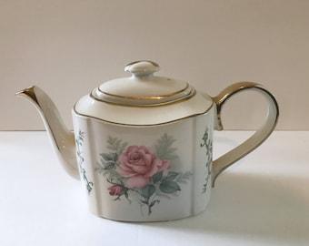 Vintage Arthur Wood Haddon Floral Rose Porcelain China TEA POT Made in ENGLAND Blush Pink Roses
