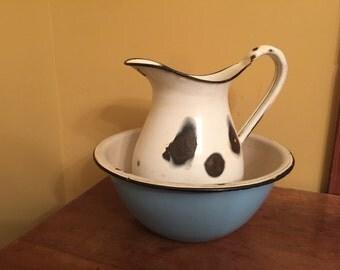 Vintage Enamel Pitcher and Bowl/Rustic Farmhouse Decor/Vintage Enamel Bowl