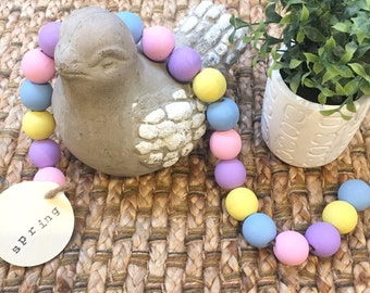 Spring Easter Wood Garland with Tag - Home Decor - Easter Decoration - Garland - Rustic Wooden Bead Garland - Spring Decor - Bloom
