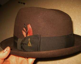 1950's Vintage Men's Hat / Fedora SZ 7 Dark Brown CHAMPS Felted with Rocketship Pin