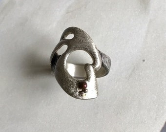 Silver ring with copper drops