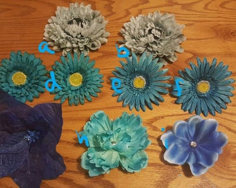 Blue flower hair clips