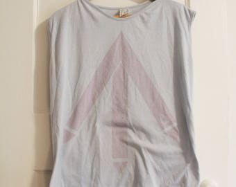 80s Vintage Sleeveless Arrow Shirt