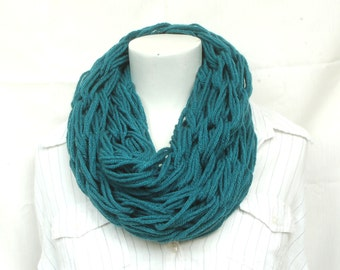 Chunky knit cowl in teal, ladies cowl. handknit cowl, chunky scarf, vegan scarf, gift for her
