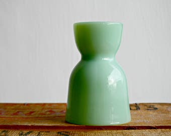 Jadeite Egg Cup, Green Milk Glass Egg Cup, 1950's Kitchen, Easter Decor