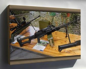 Canvas 24x36; 7,62 Kk Pkm Machine Gun Lippujuhlan Paiva 2013