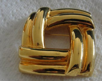 Gold tone Square Brooch