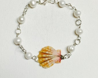 Hawaii Sunrise Shell Silver Wire Wrapped Link Bracelet With Freshwater Pearls