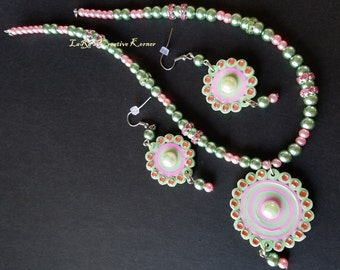 Green and Pink Quilled Set
