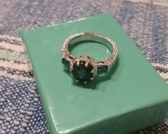 14kt white gold and sapphire ring