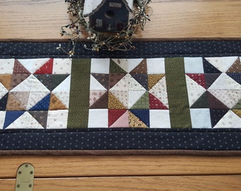 Quilted Table Runner / Primitive Table Runner / Quilted Star Table Runner/ Table Topper/Handmade