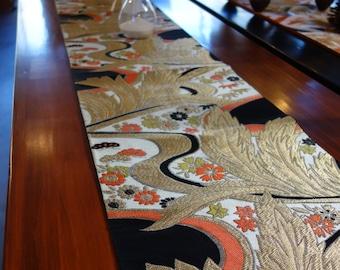"Japanese vintage obi. Floral pattern, 161"" x 12"" excellent condition."