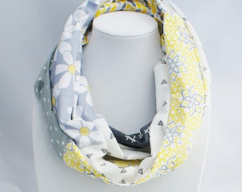 Infinity scarf with flowers, fall scarf, trendy accessory, fall gift,  hipster scarf, patchwork scarf, quilt scarf, scraf for spring