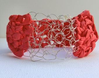 Red crochet bangle | crochet paper bangle | crochet jewelry | handmade paper bracelet | chunky bracelet | paper yarn | boho style