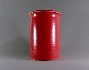 Red glazed ceramic penholder