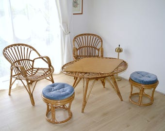 Living room (2 chairs, 1 table, 2 stools) rattan