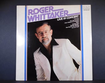 """Roger Whittaker """"Live In Concert"""" 2 Record Set 1981 Vintage Vinyl / Durham Town / New World In The Morning / An Entertaining Concert Album"""