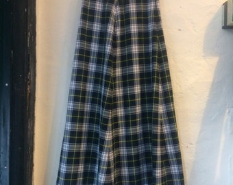 "Vintage skirt. Handmade 70s tartan maxi skirt size 10 waist 30"" length 41.5"". Autumn Winter Christmas fashion"