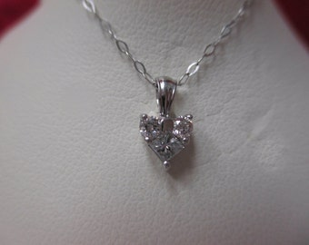 14K White Gold Diamond Dainty Heart Necklace