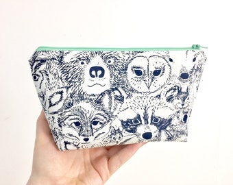 Woodland animals zipper pouch with water resistant lining // Makeup pouch // Pencil case