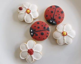 Ladybug cookie bite, ladybug decorated cookies