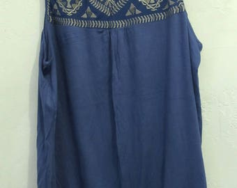 A Women's NWWT Vintage 90's Sleeveless,TRiBAL Style Tunic Tank By SIMPLY IRRESTIBLE.xl