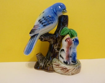 Figurine, Baby Birds w/Mother Bird, Waiting for Food, Ceramic,  High Gloss,  Unmarked