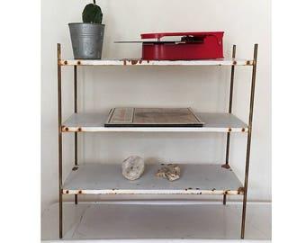 Vintage Industrial Bookshelve - Mid Century Metal Rustic Bookcase Shelving Unit - White Shelving Storage Case - Farmhouse Decor - 3 Tier