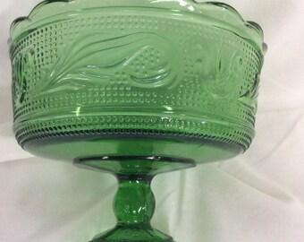 Green pedestal bowl, Candy bowl, Scalloped rim bowl, E.O. Brody Co., Clevland Ohio, Tulip and harp