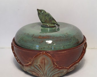 Pottery Stoneware Casserole Dish Bowl with Lid Bakeware