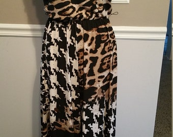 Graphic Pull-Up Jumpsuit. Made in USA, Size Large