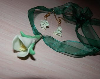 spring flowers necklace and earrings