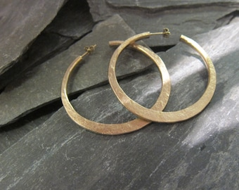 "Gold hoops earrings, gold plated bronze, ""Malicia"" made in France, handcrafted."