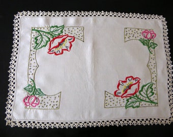 Vintage Art Deco embroidered linen table centre, table center, doily, red and pink flowers